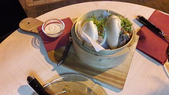 Pan Bao mit Ente in Tariyaki-Soße im La Barra Las Palmas
